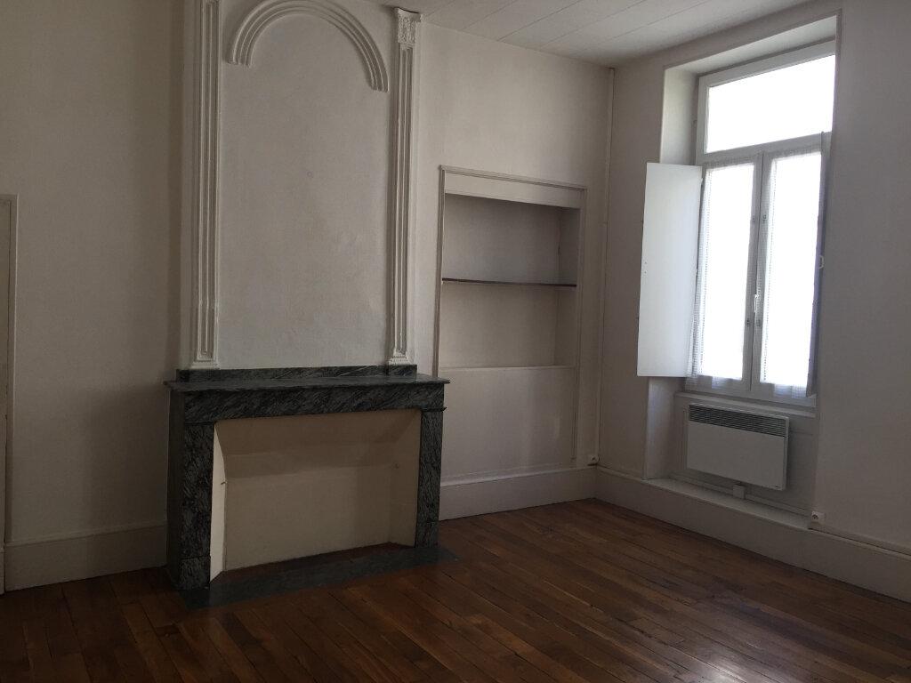 Appartement à louer 4 98m2 à Castres vignette-1