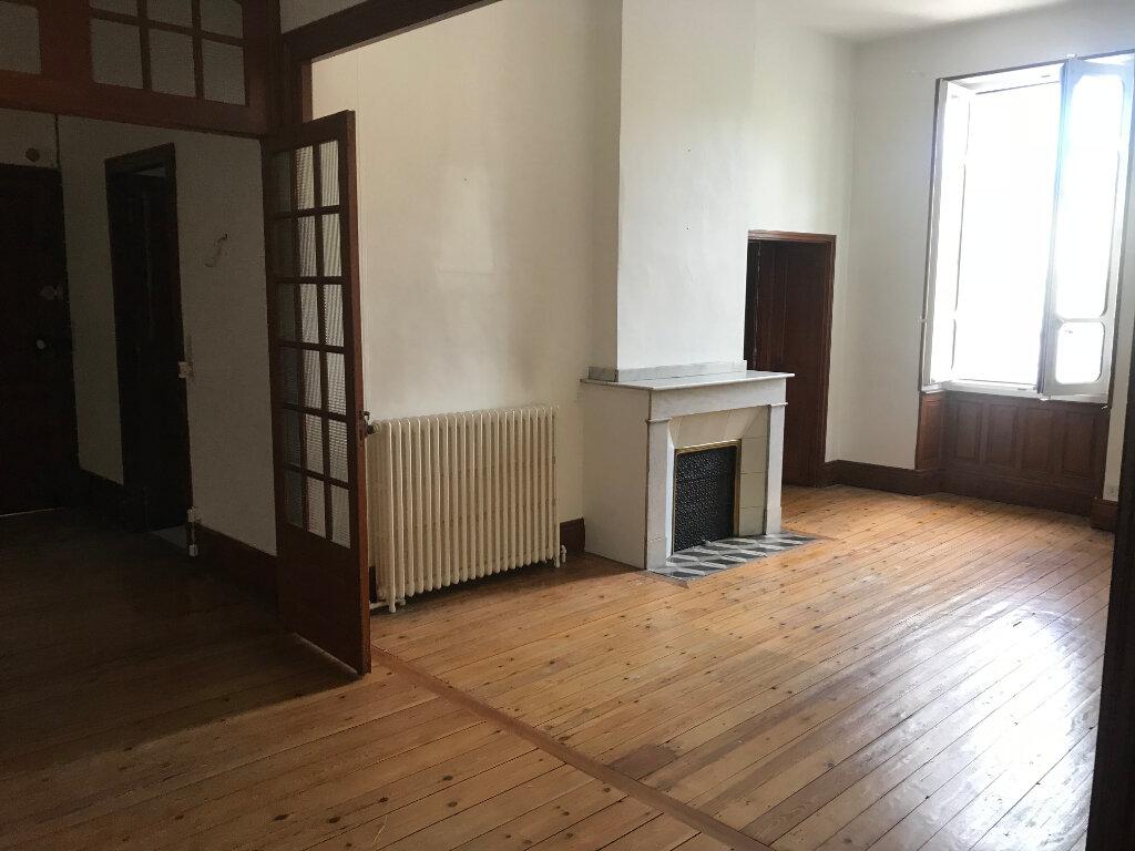 Appartement à louer 4 107m2 à Castres vignette-3