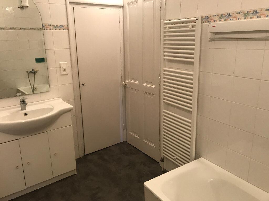 Appartement à louer 4 107m2 à Castres vignette-4