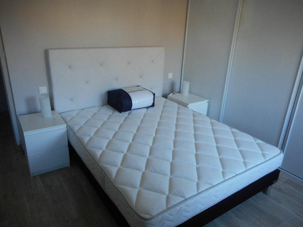 Appartement à louer 3 83m2 à Castres vignette-3
