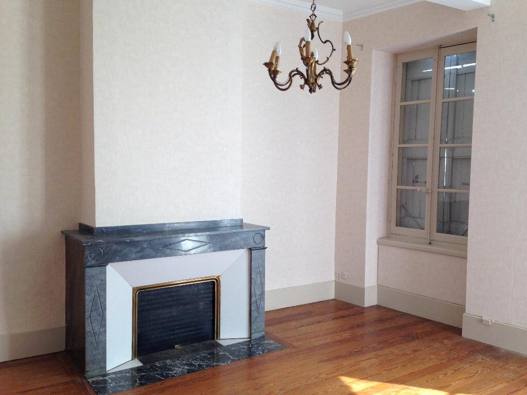 Appartement à louer 4 90m2 à Castres vignette-2