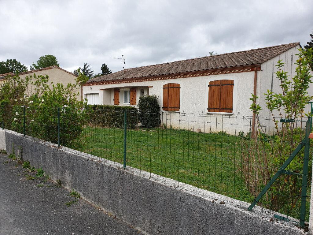 Maison à louer 6 100m2 à Labruguière vignette-1