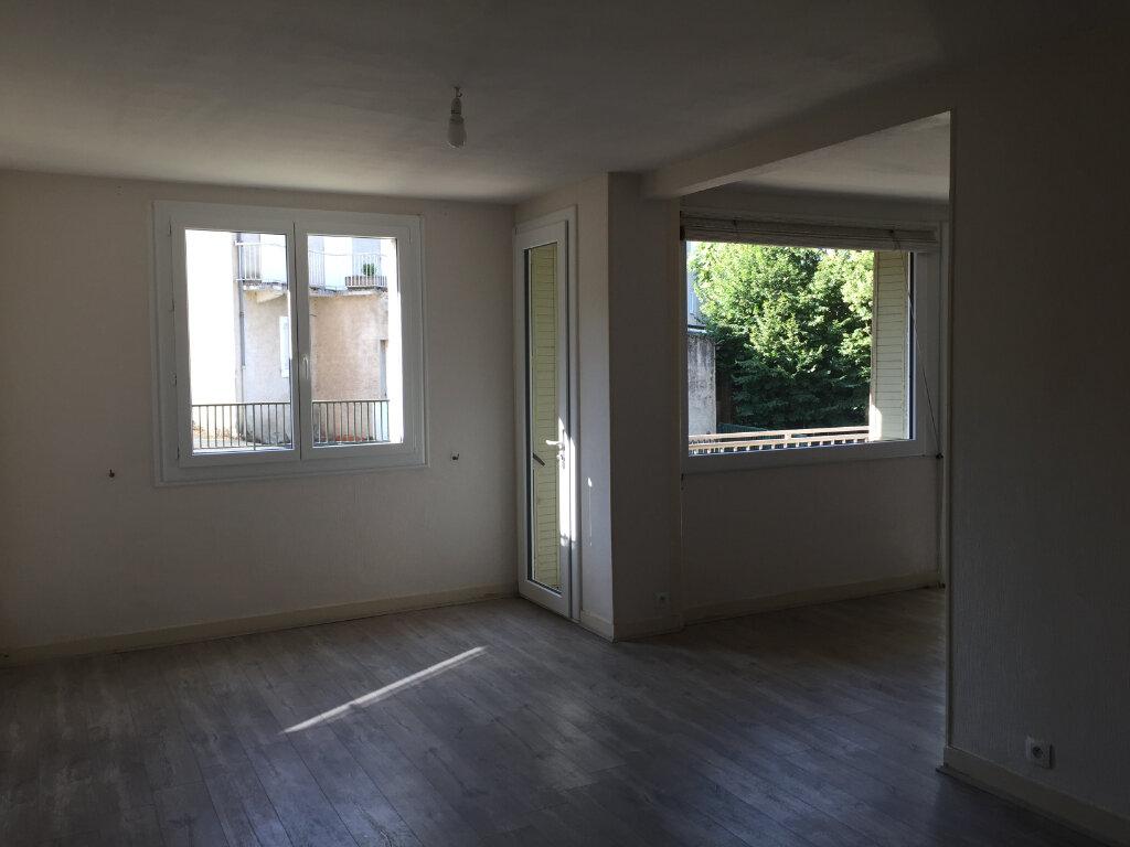 Appartement à louer 5 93m2 à Castres vignette-4