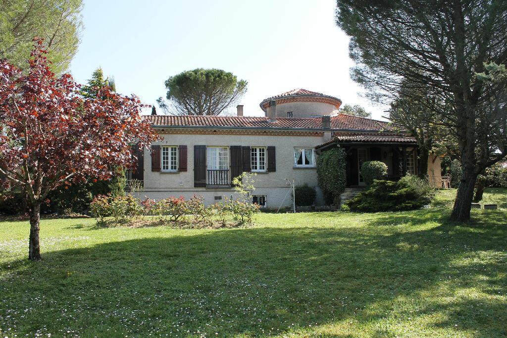 Maison à vendre 9 277m2 à Castres vignette-1