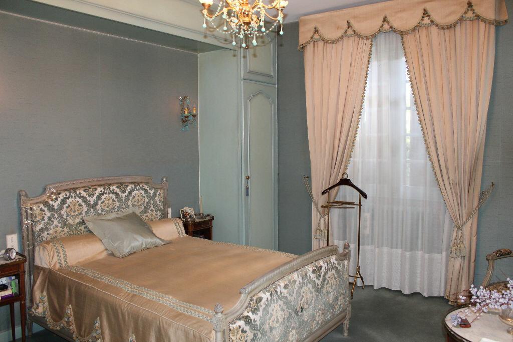 Maison à vendre 9 277m2 à Castres vignette-8