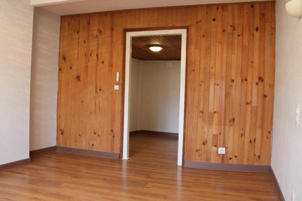 Maison à louer 3 58m2 à Roquecourbe vignette-4
