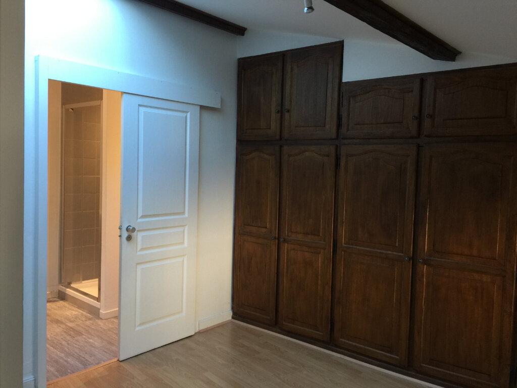 Appartement à louer 4 140m2 à Castres vignette-5