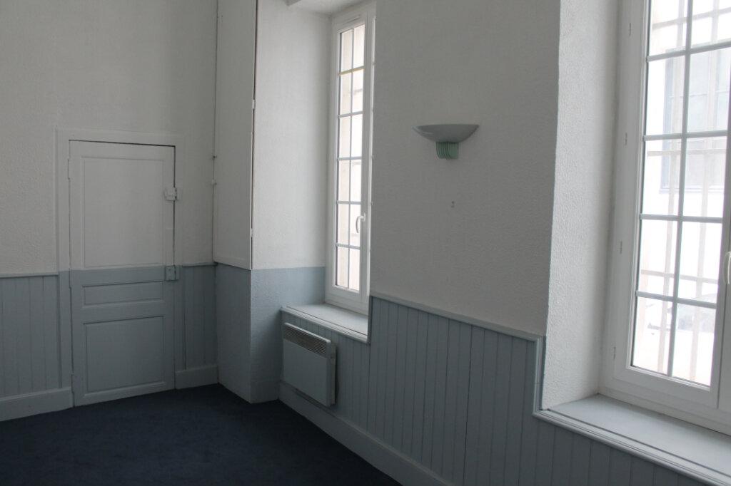 Bureaux à louer 0 65m2 à Castres vignette-1