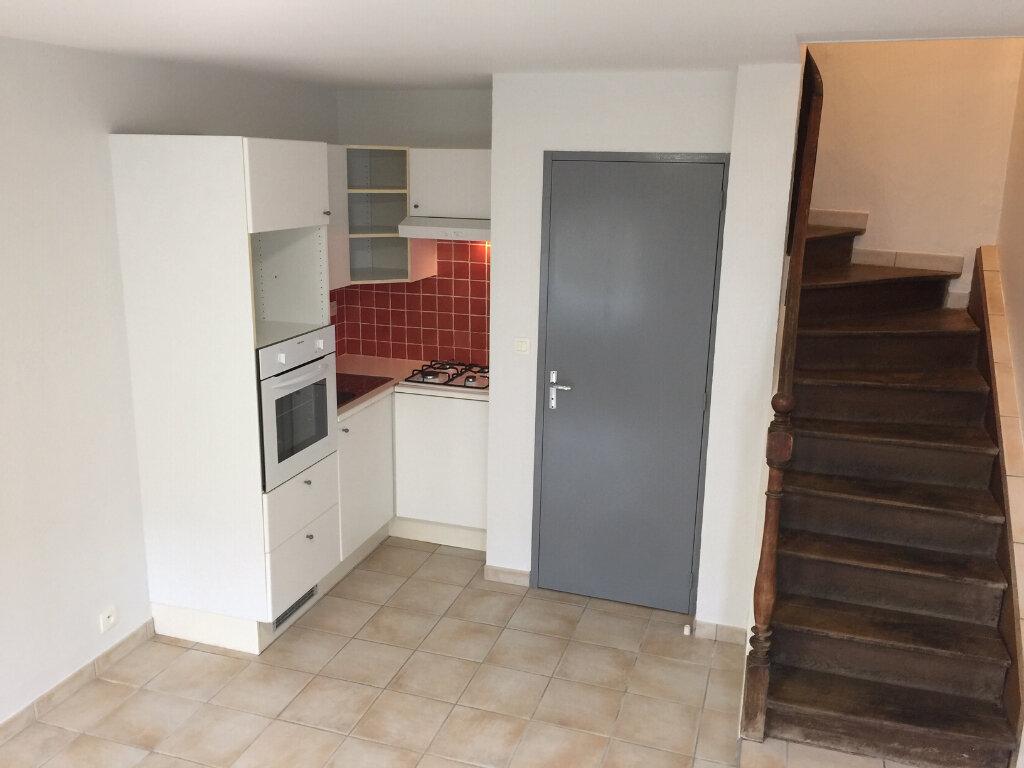 Appartement à louer 2 30m2 à Castres vignette-1
