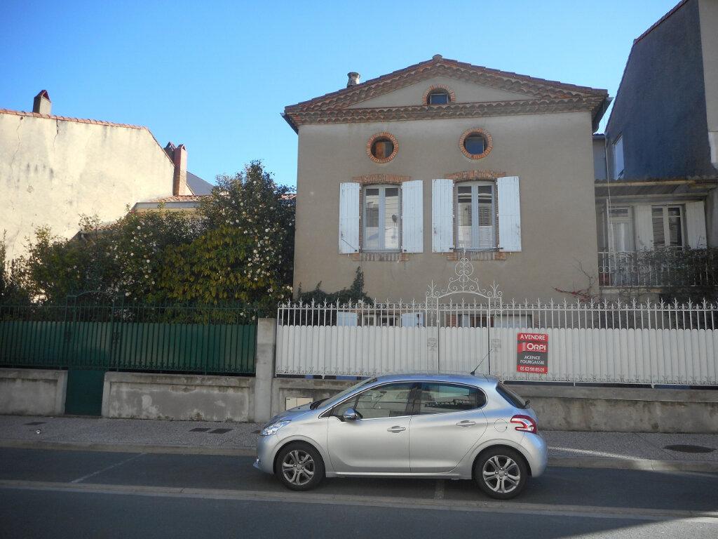 Maison à vendre 7 140m2 à Mazamet vignette-1