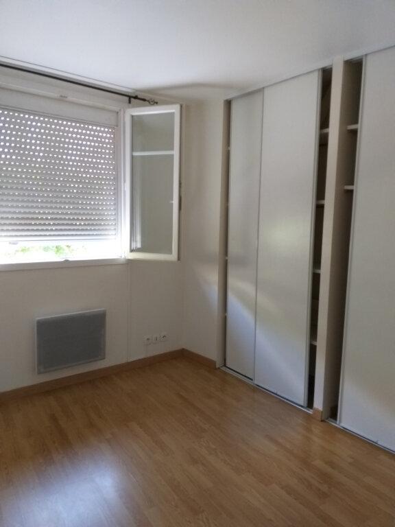 Appartement à louer 4 71m2 à Castres vignette-3