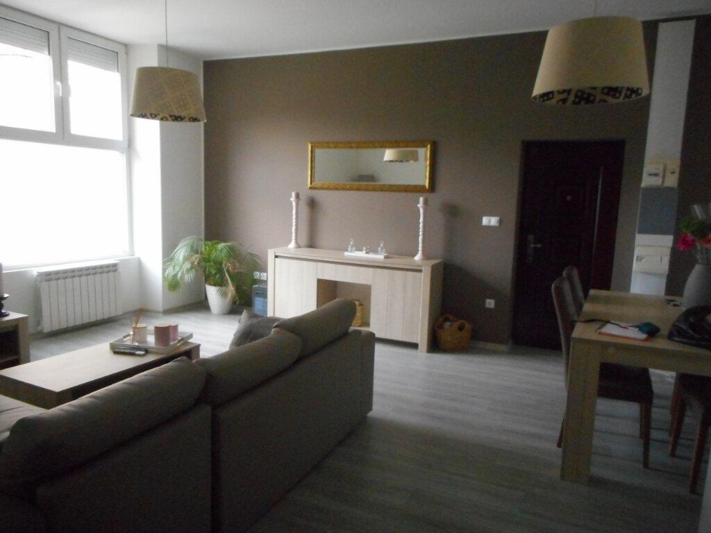Appartement à louer 3 67m2 à Mazamet vignette-1