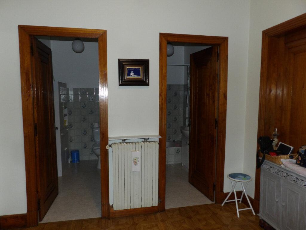 Appartement à louer 4 170m2 à Mazamet vignette-4