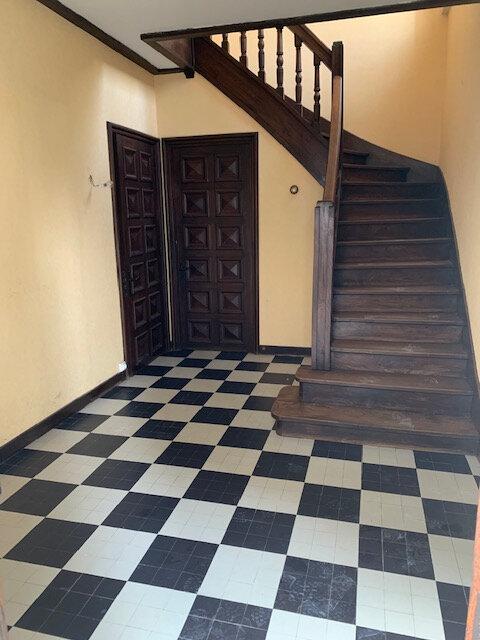 Appartement à louer 3 100m2 à Aussillon vignette-2