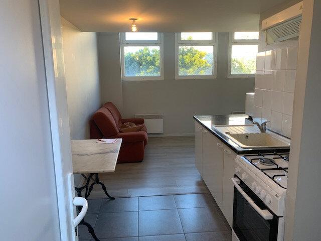Appartement à louer 1 35m2 à Aussillon vignette-2