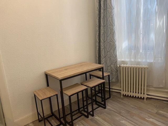 Appartement à louer 2 35m2 à Mazamet vignette-2
