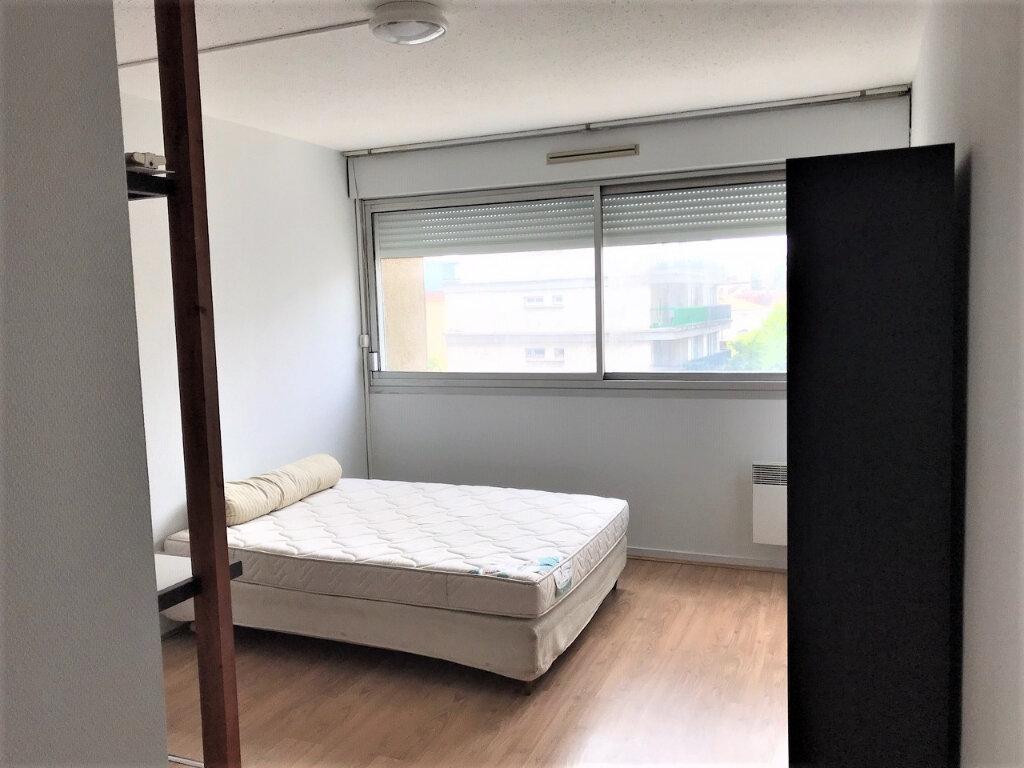 Appartement à louer 1 19.76m2 à Albi vignette-3