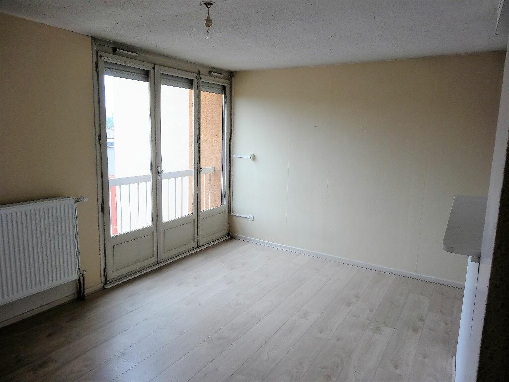 Appartement à louer 2 44m2 à Albi vignette-2