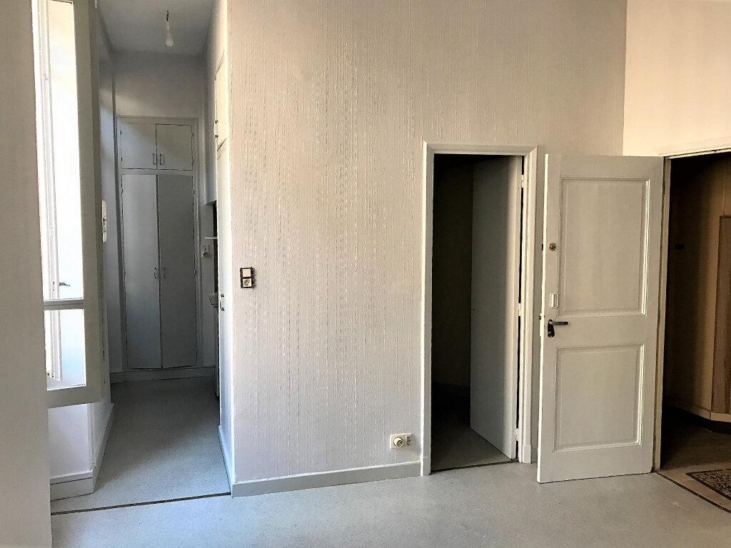 Appartement à louer 1 25m2 à Albi vignette-2