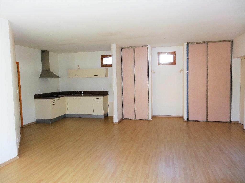Appartement à louer 3 83m2 à Albi vignette-1