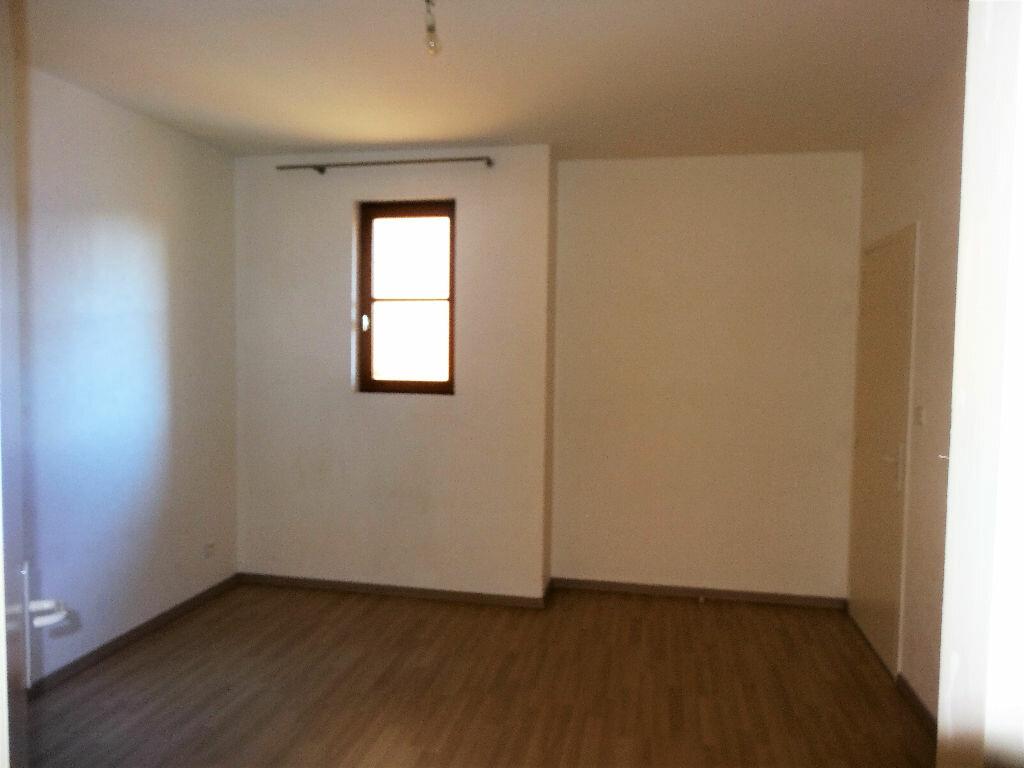 Appartement à louer 3 83m2 à Albi vignette-6