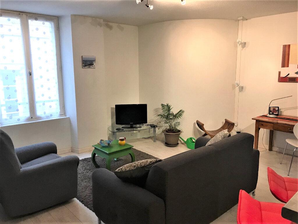 Appartement à louer 2 42m2 à Albi vignette-2