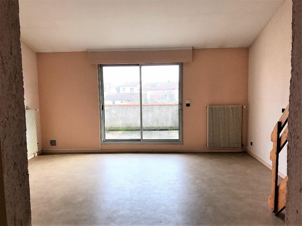 Appartement à louer 2 50m2 à Albi vignette-3
