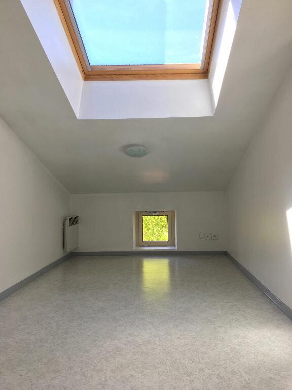 Appartement à louer 2 21m2 à Albi vignette-3