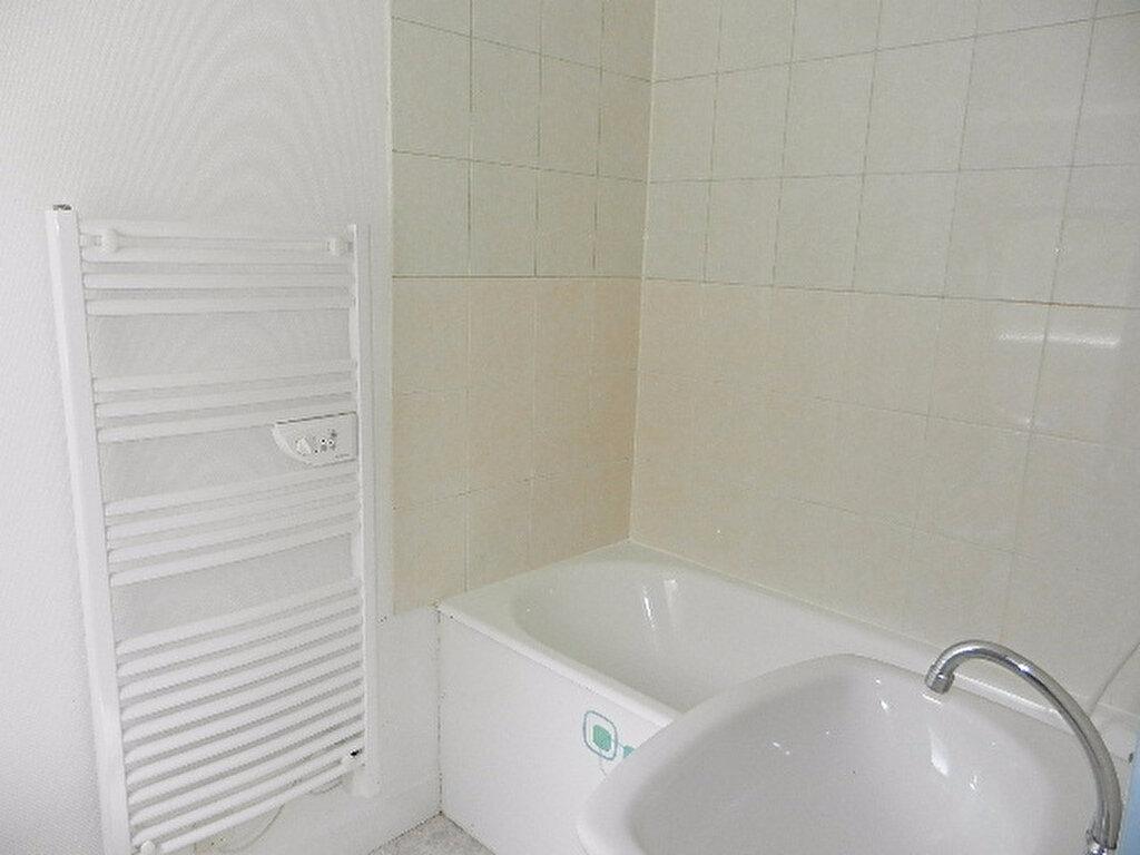 Appartement à louer 2 34m2 à Cherbourg-Octeville vignette-5
