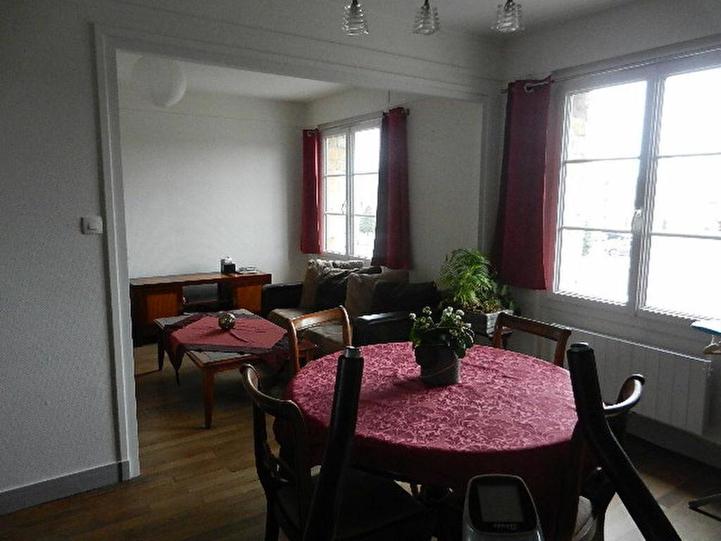 Appartement à louer 2 33.18m2 à Valognes vignette-2