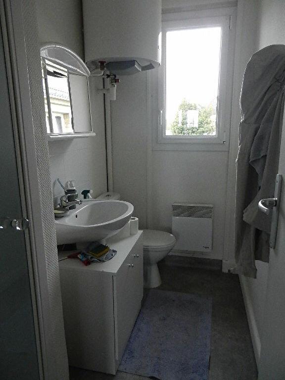 Appartement à louer 2 33.18m2 à Valognes vignette-4