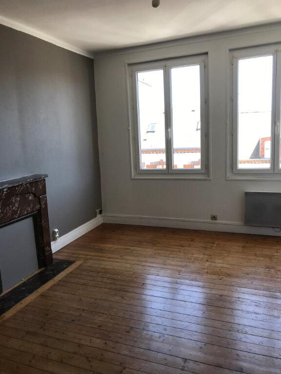 Appartement à louer 2 46m2 à Cherbourg-Octeville vignette-1