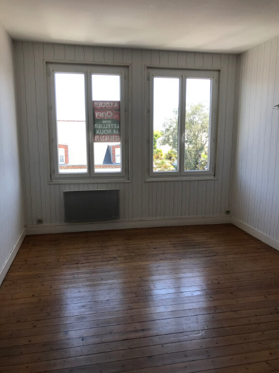 Appartement à louer 2 46m2 à Cherbourg-Octeville vignette-2