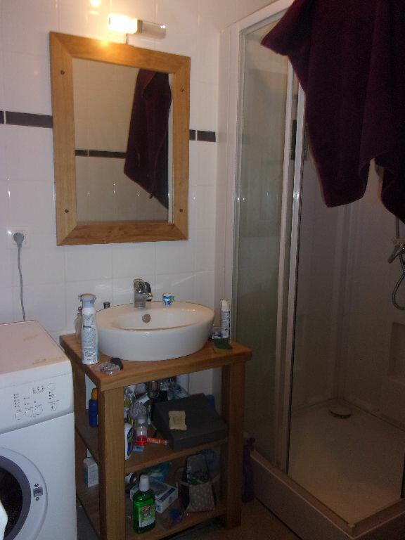 Appartement à louer 2 33.2m2 à Équeurdreville-Hainneville vignette-4