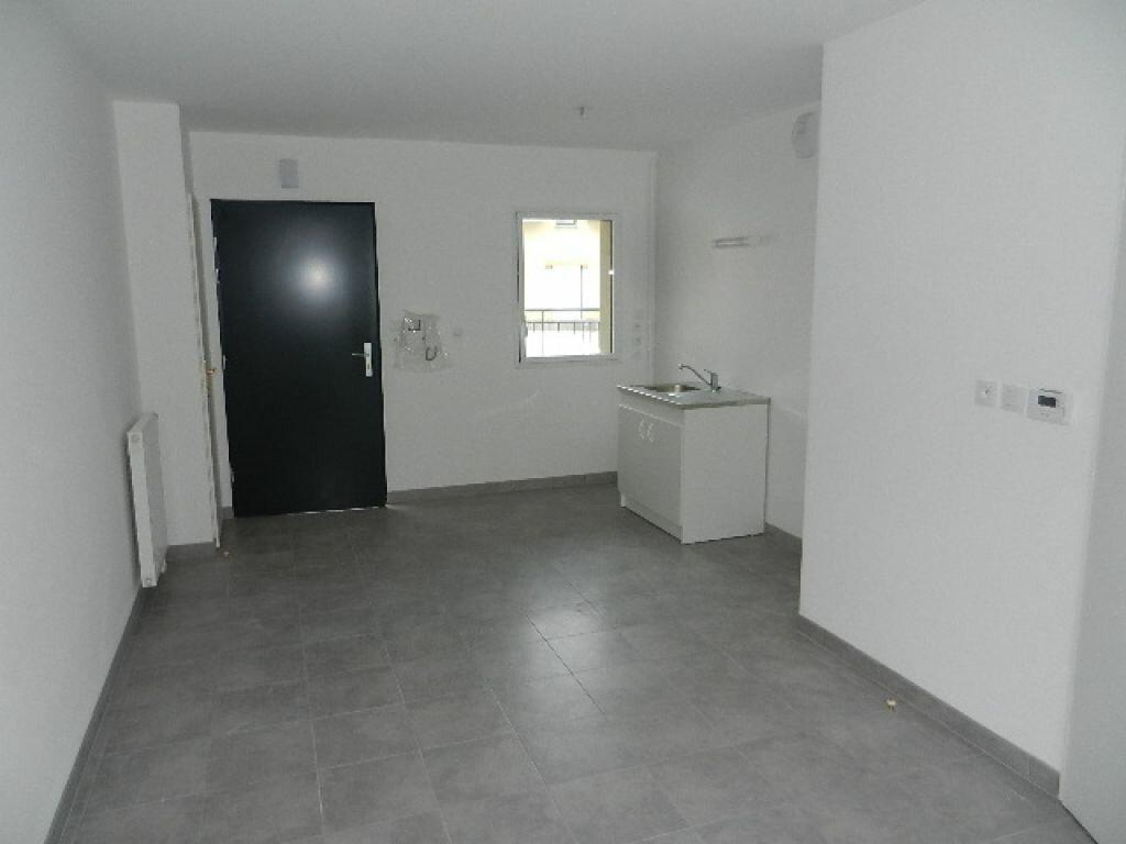 Appartement à louer 2 39.05m2 à Cherbourg-Octeville vignette-3