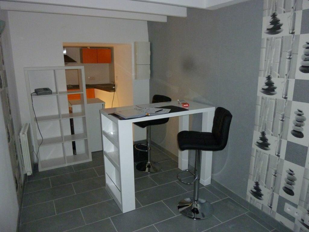 Appartement à louer 2 31m2 à Cherbourg-Octeville vignette-3