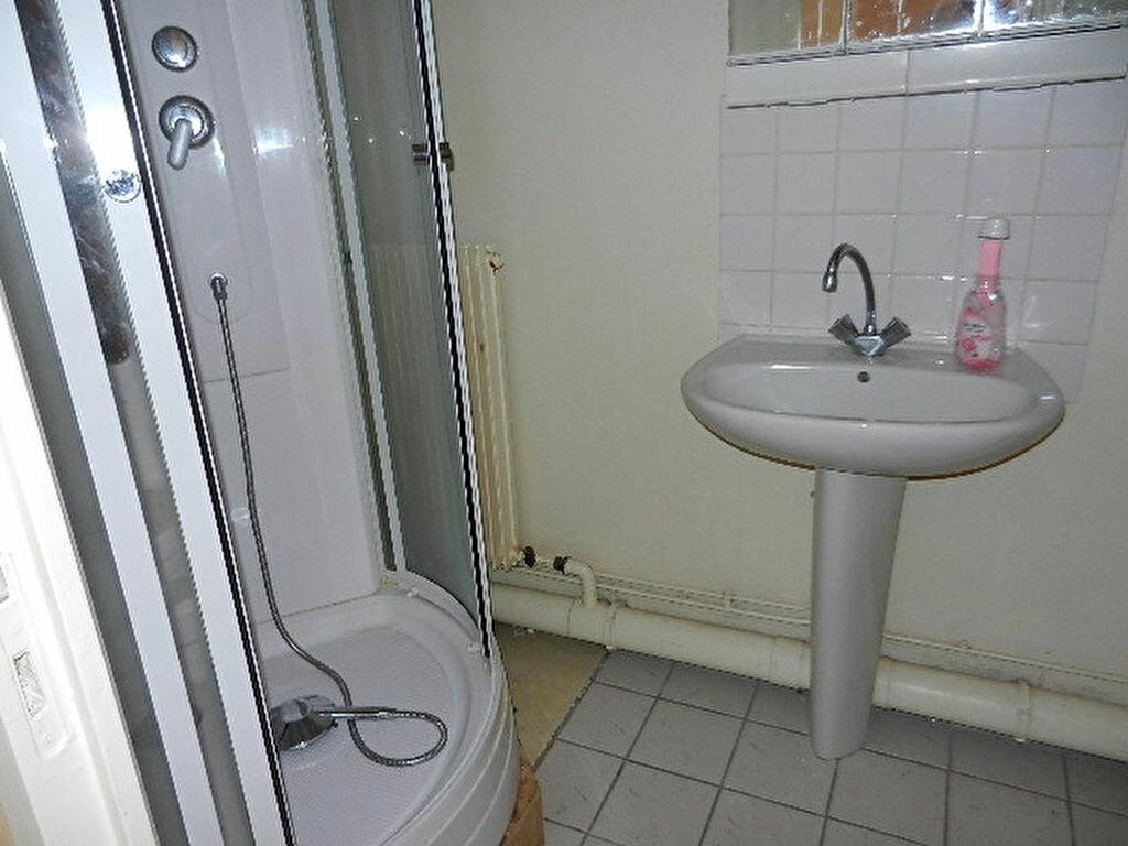 Appartement à louer 2 39m2 à Cherbourg-Octeville vignette-5