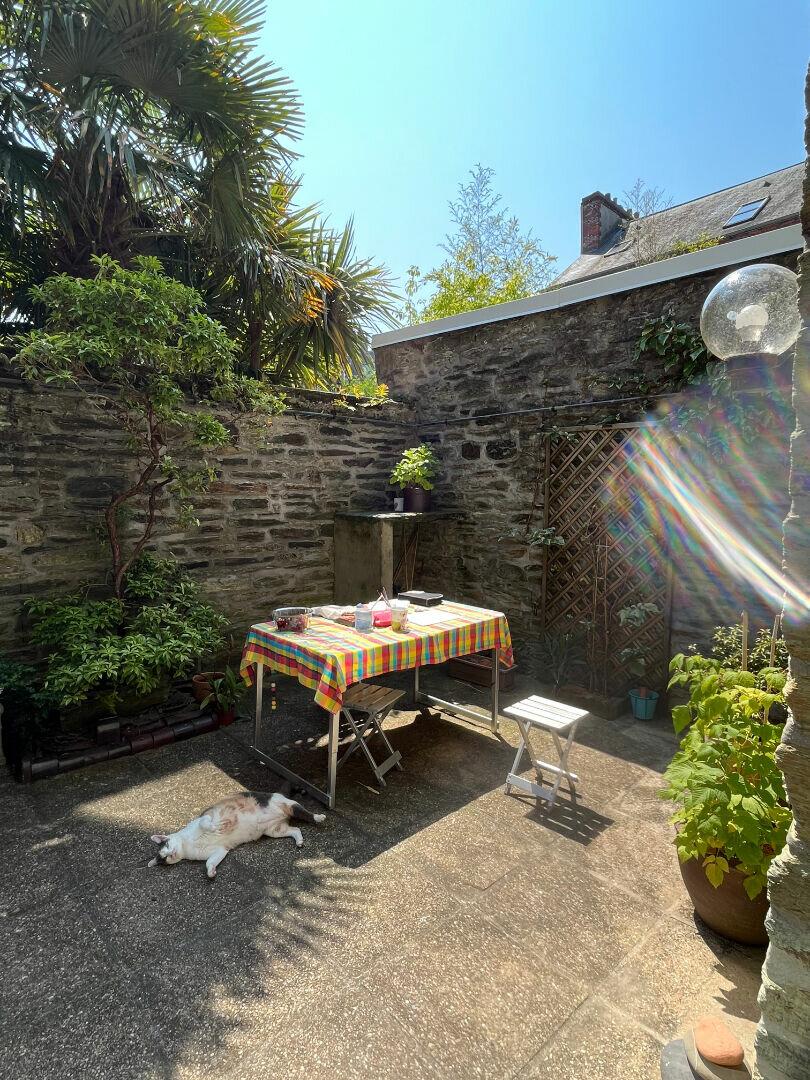 Maison à louer 5 103m2 à Cherbourg-Octeville vignette-1