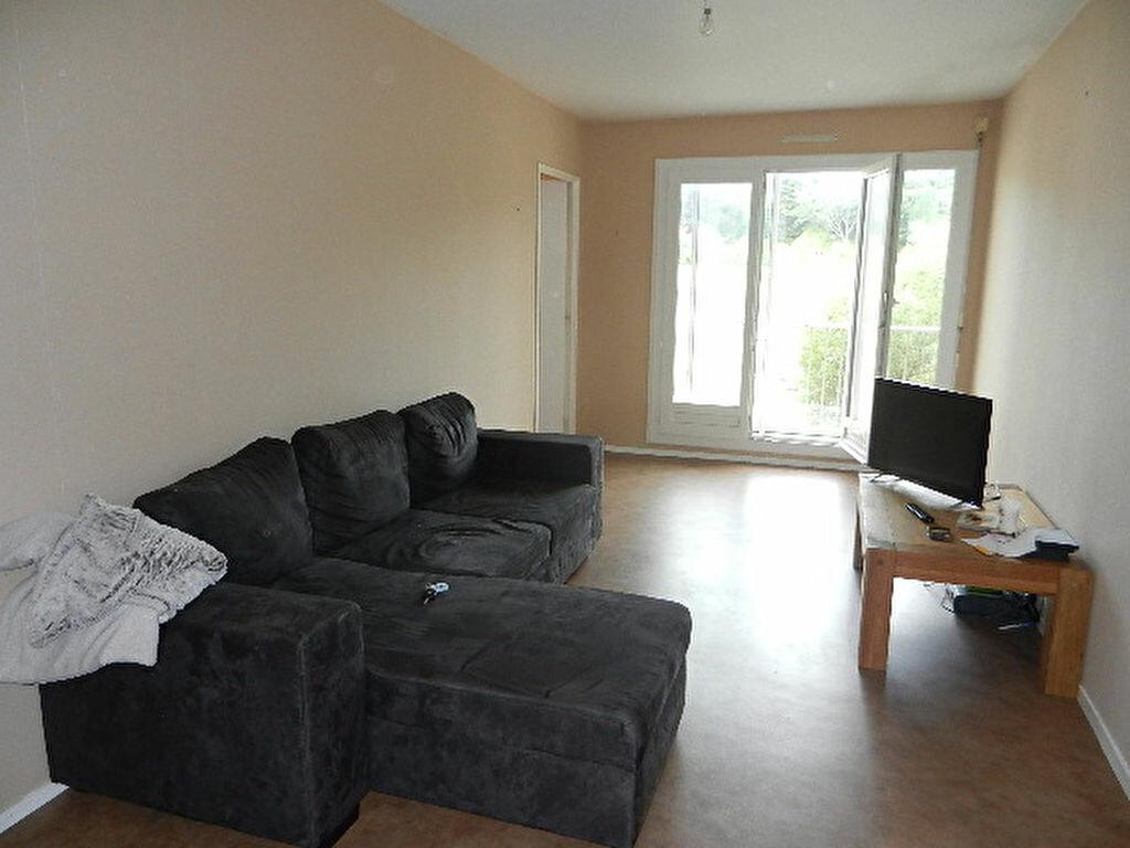 Appartement à louer 2 49m2 à Équeurdreville-Hainneville vignette-1