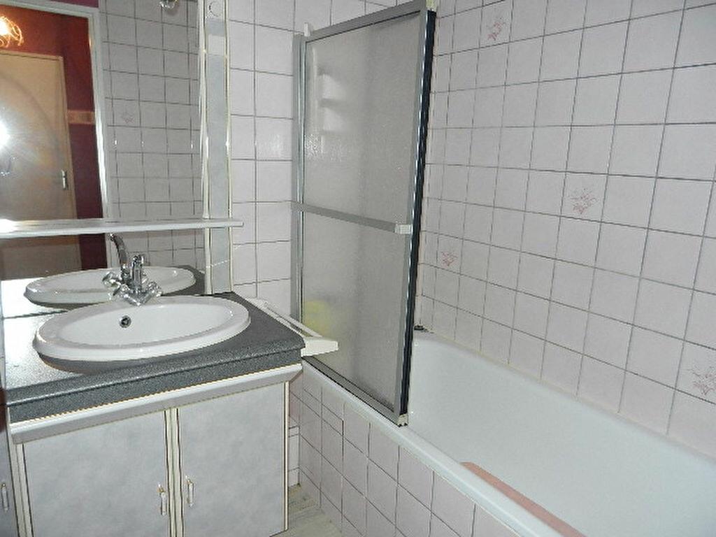 Appartement à louer 2 49m2 à Équeurdreville-Hainneville vignette-7