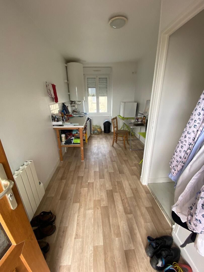 Appartement à louer 1 25m2 à Tourlaville vignette-3