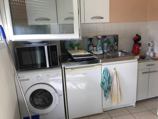 Appartement à louer 2 51m2 à La Glacerie vignette-3
