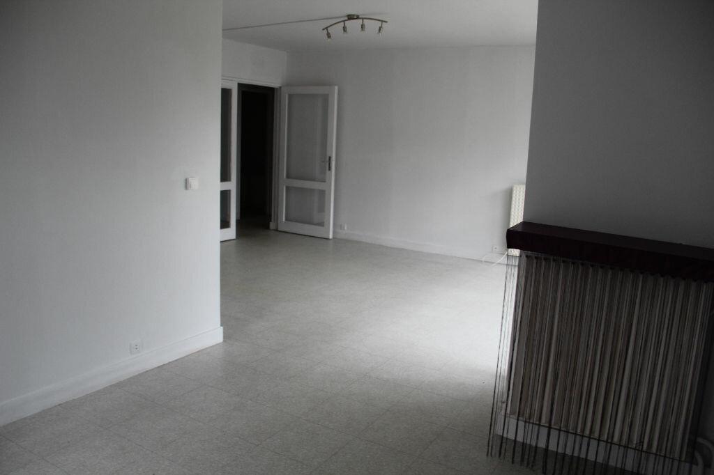 Appartement à vendre 4 81m2 à Cherbourg-Octeville vignette-3