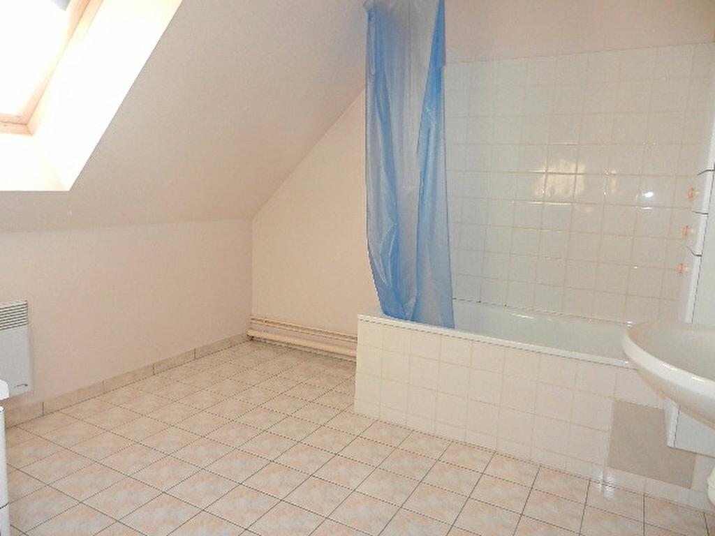 Maison à louer 6 100.5m2 à Querqueville vignette-9