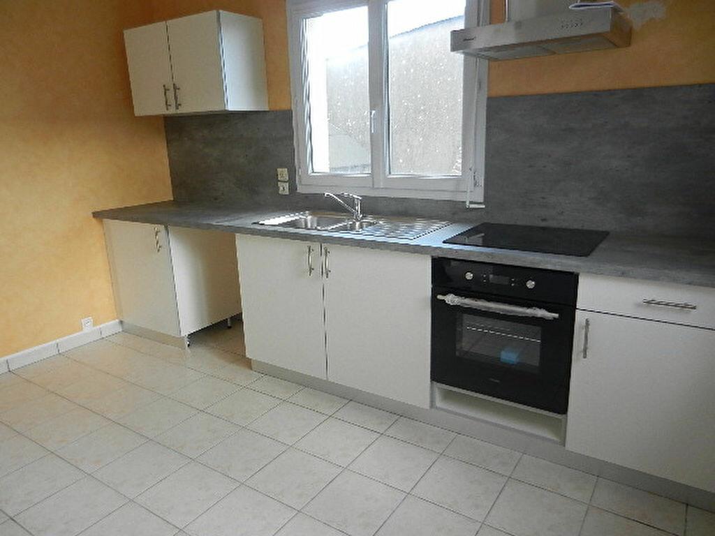 Maison à louer 6 100.5m2 à Querqueville vignette-14