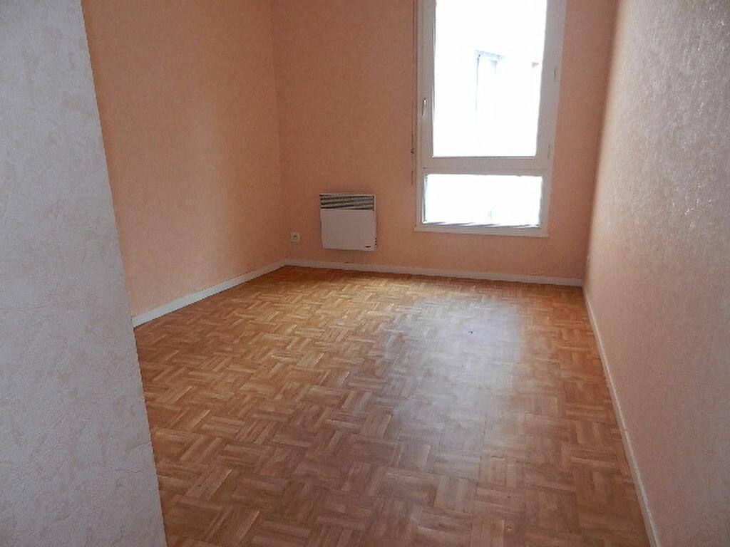 Appartement à vendre 3 65.14m2 à Cherbourg-Octeville vignette-5