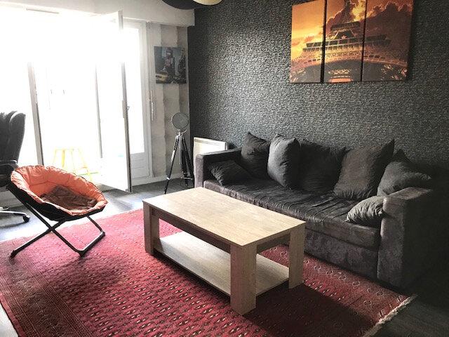 Appartement à louer 2 52m2 à Tourlaville vignette-1