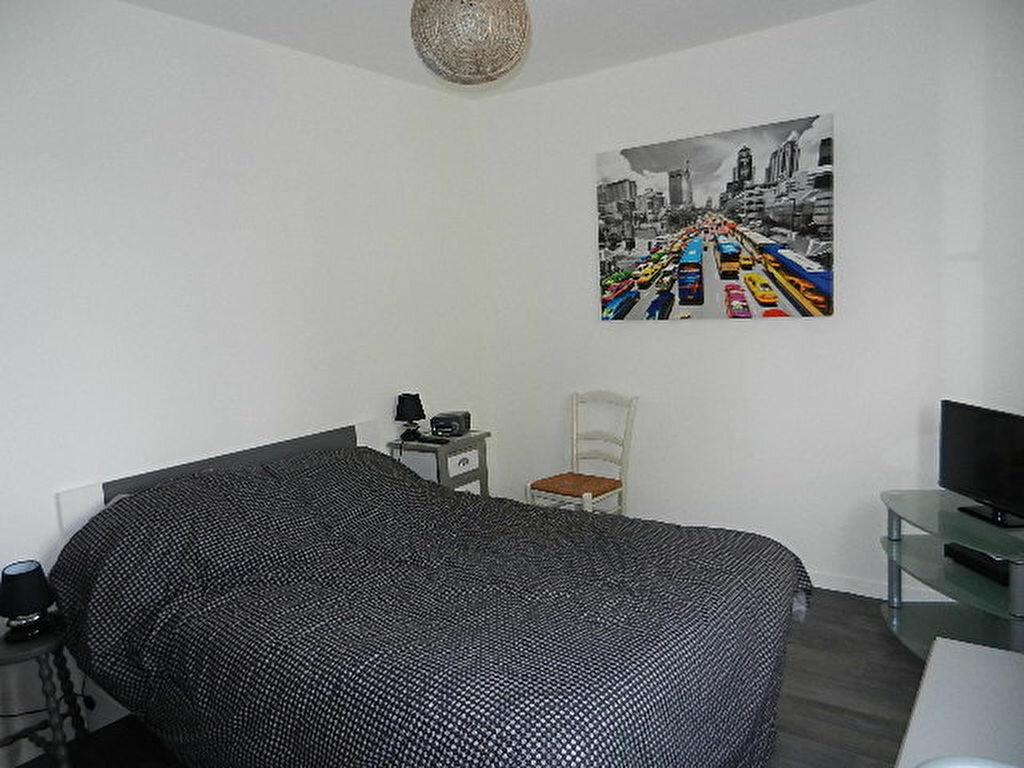 Appartement à louer 2 52m2 à Tourlaville vignette-6