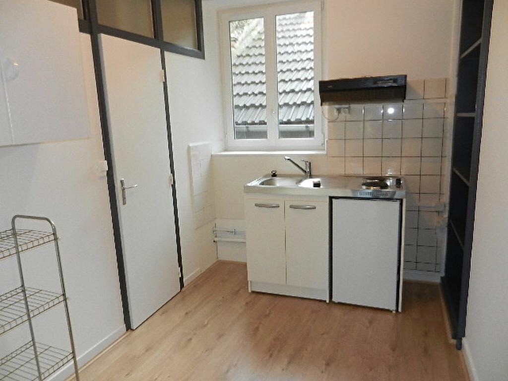 Appartement à louer 1 26m2 à Cherbourg-Octeville vignette-3