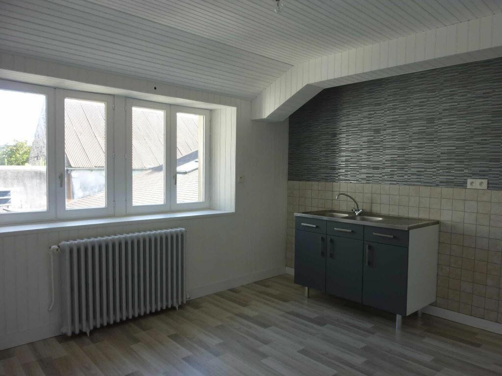 Appartement à louer 2 40m2 à Quettehou vignette-3